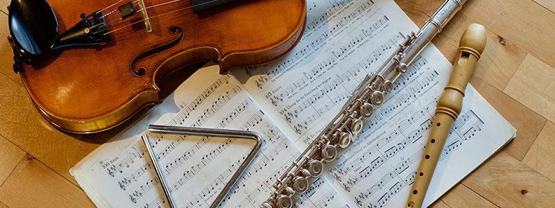 Instrumente und Noten